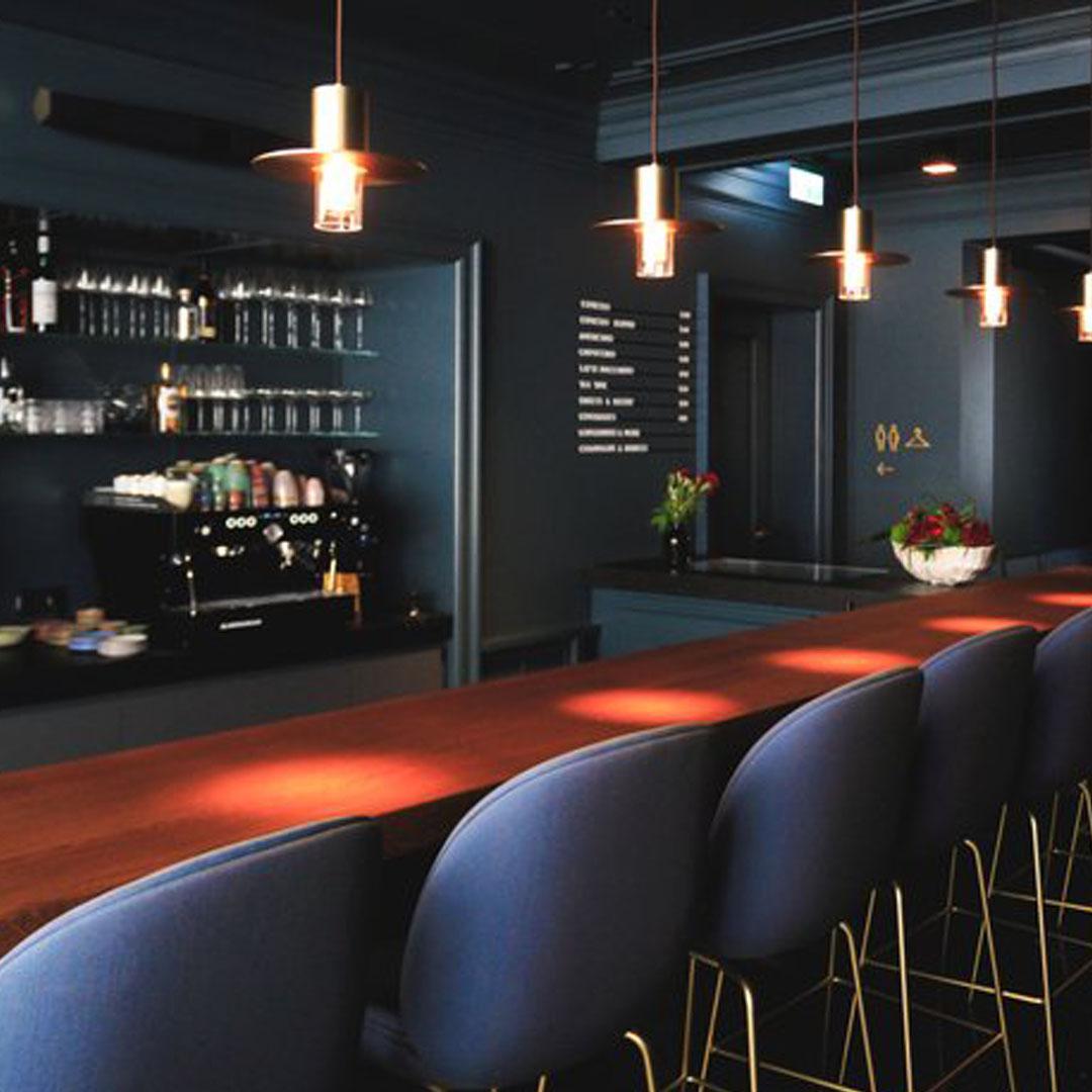 Aureus Bar